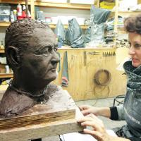 portret wordt geboetseerd | Atelierbreda